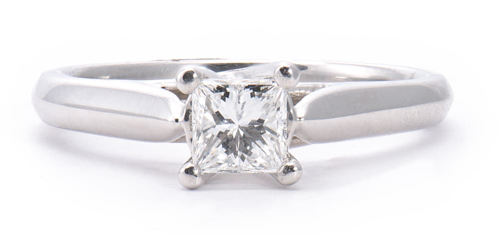 Platinum 4 Prong Solitaire Engagement Ring