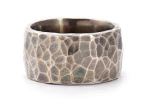 Stainless Steel Hammered Oxidized Band