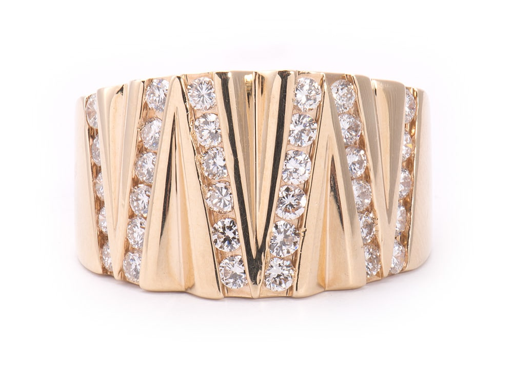 14kt Yellow Gold Fashion Ring with Diamonds