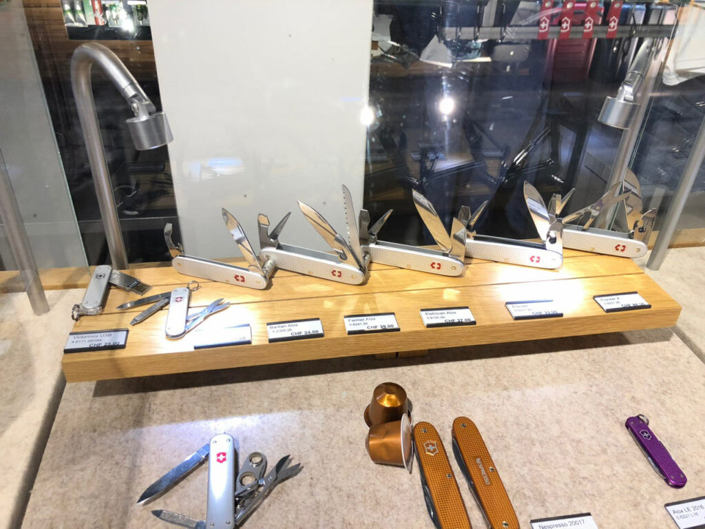 baselworld 2018 swiss knives