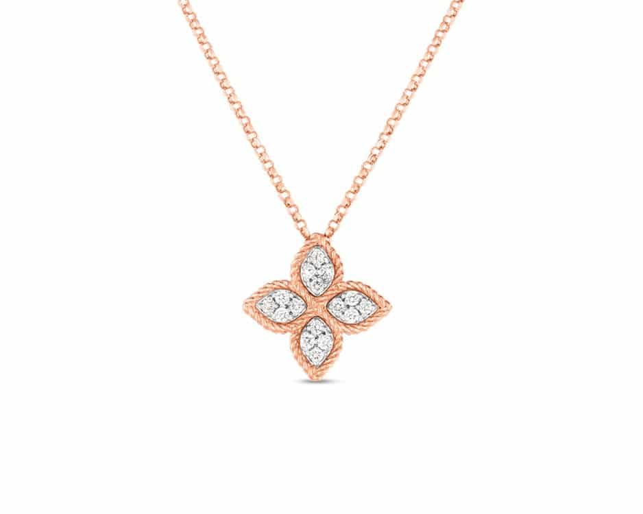18Kt Flower Diamond Pendant