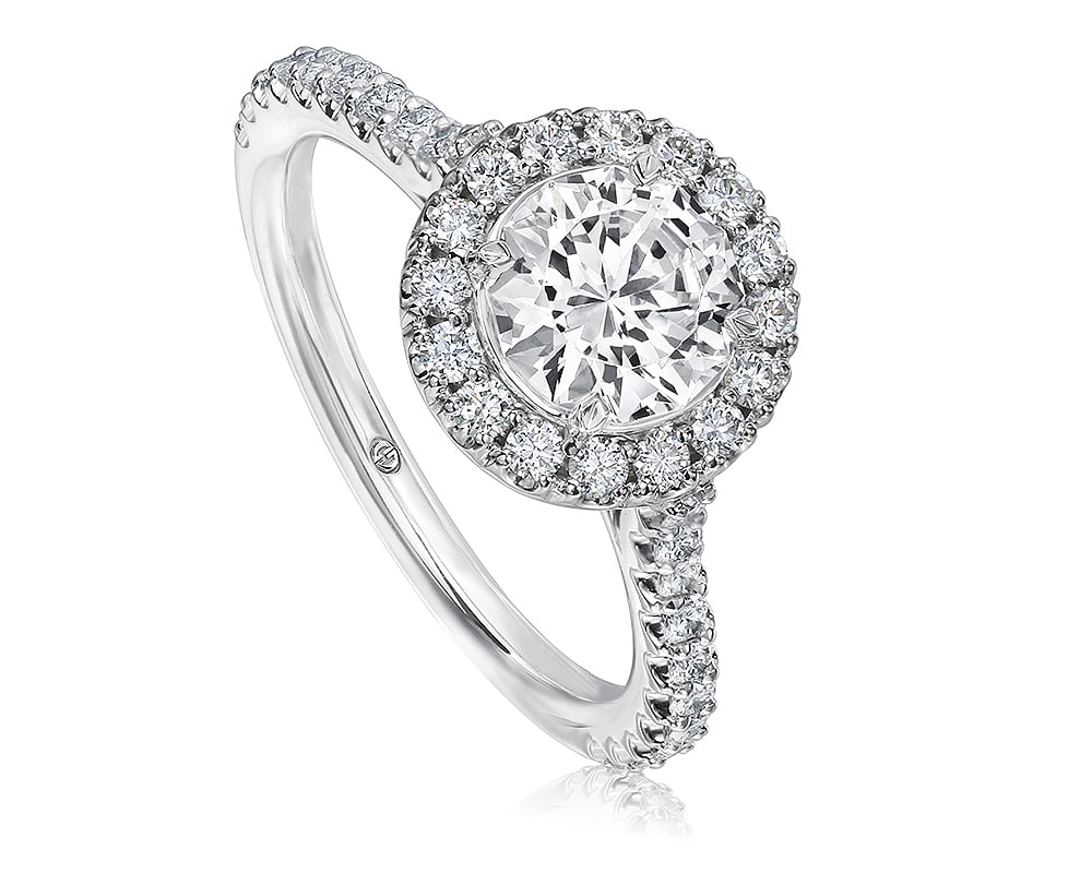CLASSIC ROUND DIAMOND HALO ENGAGEMENT RING SETTING WITH PAVE SET DIAMOND BAND