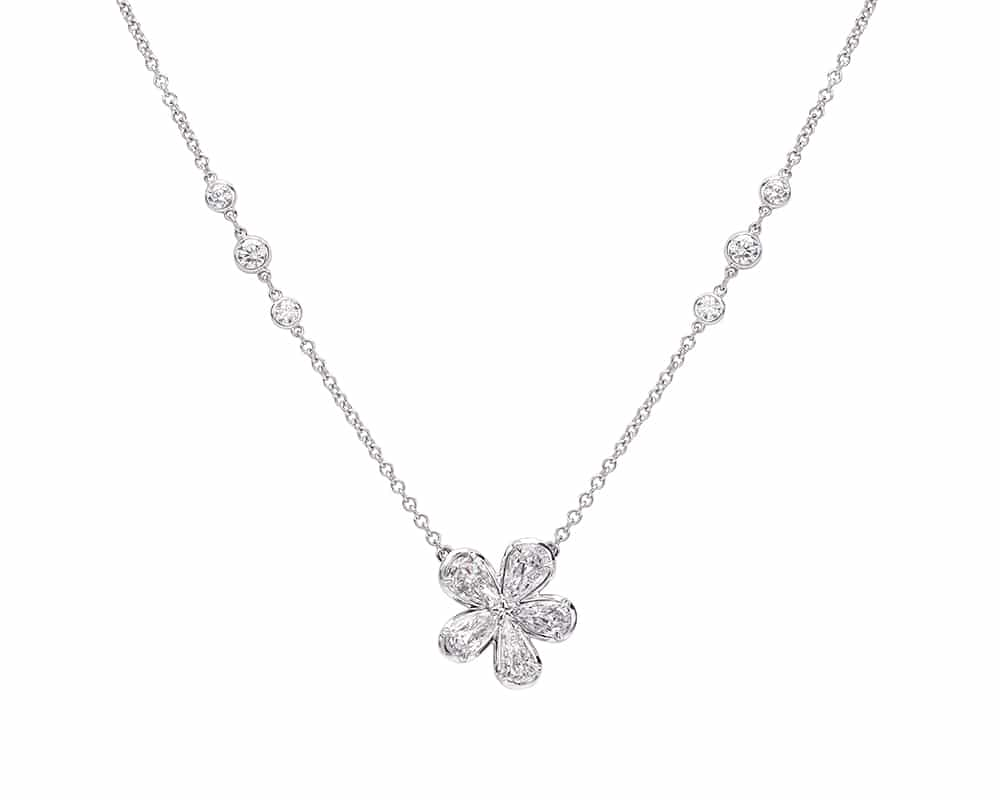 Platinum Flower Fashion Diamond Necklace