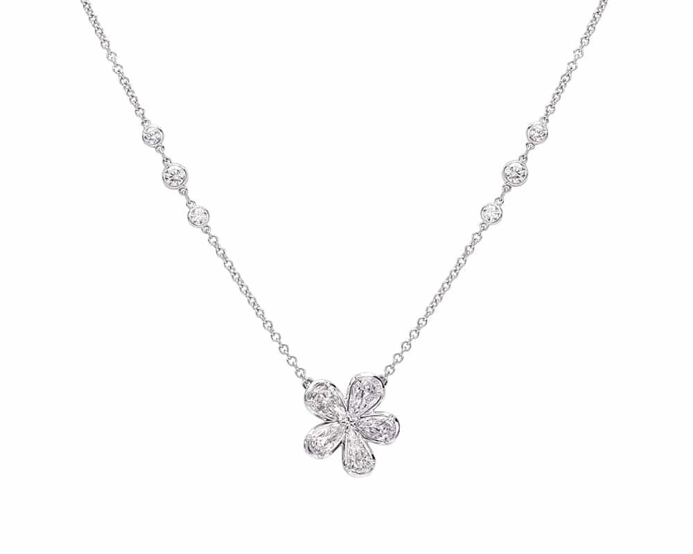Platinum Flower Fashion Diamond Necklace