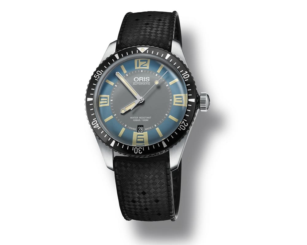 ORIS DIVER 65 WITH LIGHT BLUE & GRAY DIAL IN A STAINLESS STEEL CASE WITH RUBBER BAND