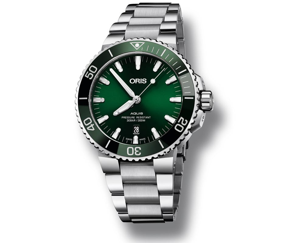Stainless Steel Green Sunray Index Dial Aquis Date
