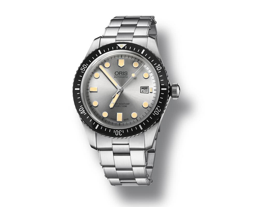ORIS DIVER 65 WATCH WITH STAINLESS STEEL CASE  AND SILVER DIAL 01 733 7720 4051-07 8 21 18