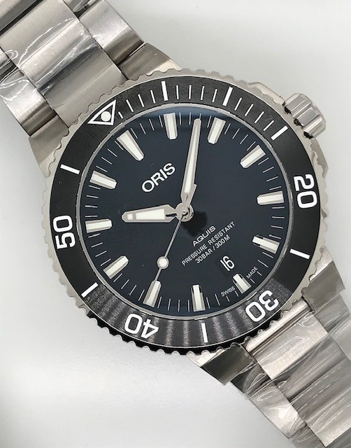 ORIS Watch with Rotatable Bezel
