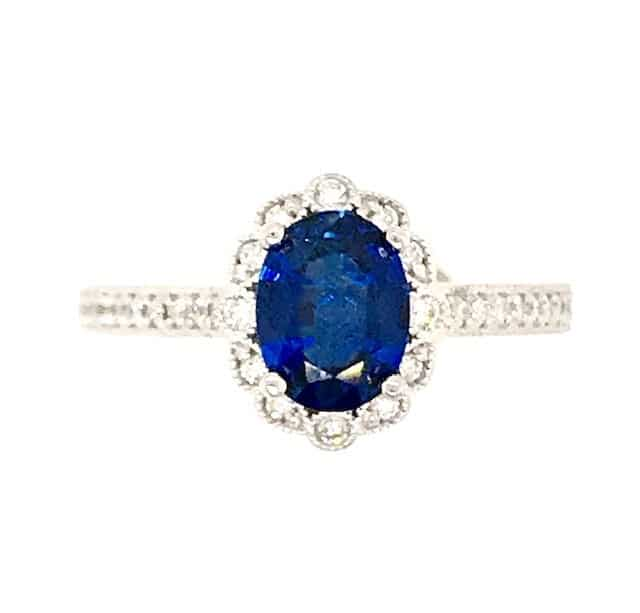 SAPPHIRE AND DIAMOND 18k WHITE GOLD HALO RING